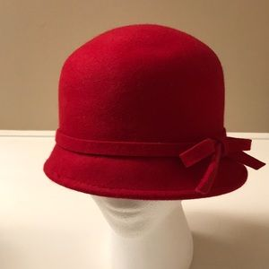 Red Target wool hat